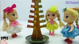 Thơ Nguyễn - Đồ chơi cây thông noel nở hoa với búp bê