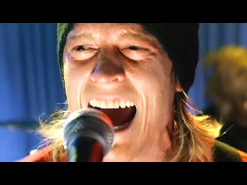 Puddle Of Mudd - Control [Official Video]