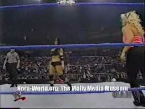 Molly Holly Vs Chyna video