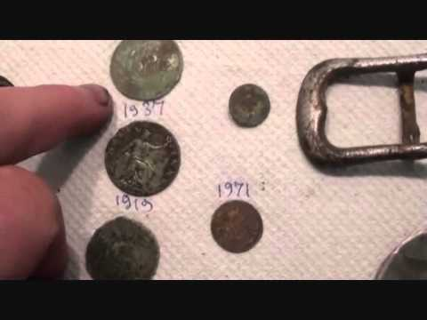 Metal Detecting UK (434) XP Deus - Nice Buckle and Fine Silver