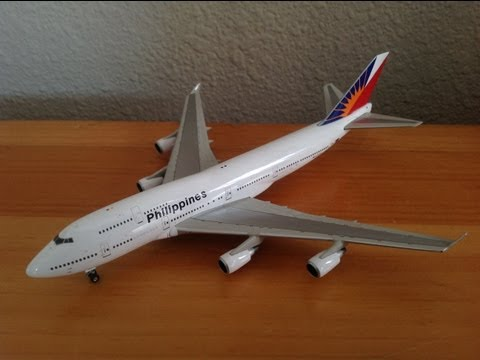 Phoenix 1:400 Philippine Airlines B747-400 (RP-C7475) Unboxing