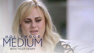 Rebel Wilson Cries During Tyler Henry 39 S Touching Reading Hollywood Medium With Tyler Henry E