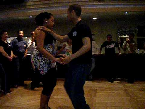 BACHATA CLASSES AT STEVEN STEAKHOUSE
