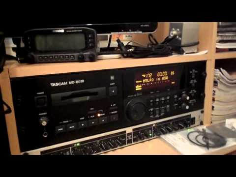 G0SEC, Ham Radio Shack tour & using Dstar on icom 2820 Part 1