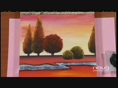 Nuria Sánchez realiza un cuadro con combinación de múltiples técnicas, Bien Simple, utilísima