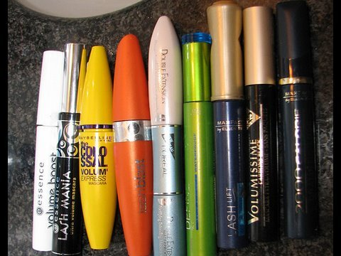 Popular Drugstore mascaras: Hits and Misses (review)