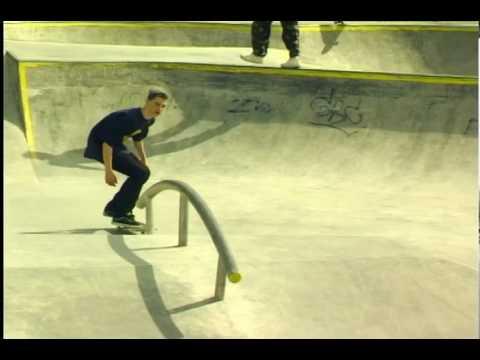 Skatepark Toruń bowl & roll