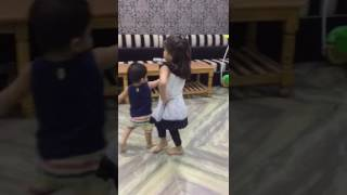 Little girl famous dance