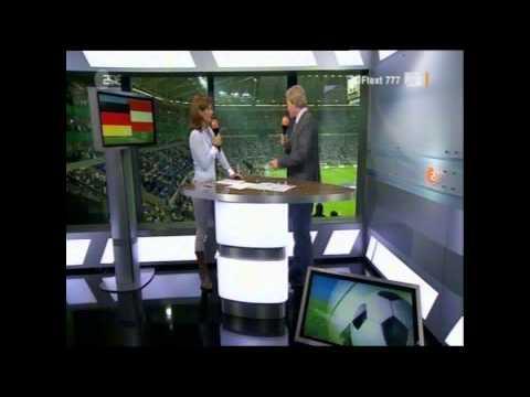 Deutschland vs. Österreich 6-2 / Oliver Kahn  zu