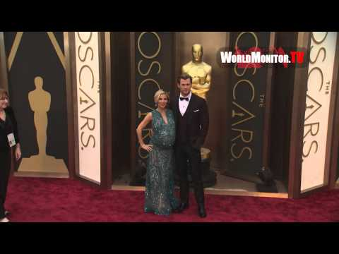 Chris Hemsworth, Elsa Pataky arrive at 86th Annual Academy Awards Redcarpet