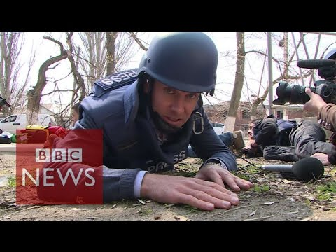 Ukraine crisis: Shots fired during ceasefire visit - BBC News