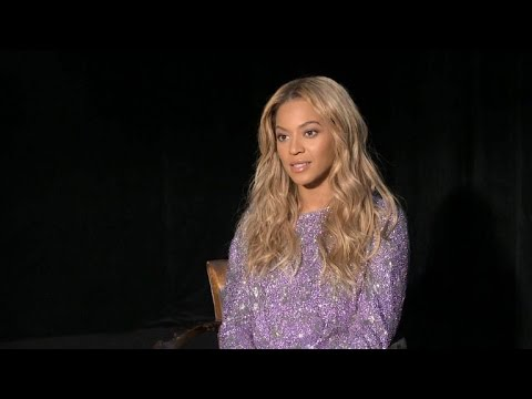 Beyonce Biographer Claims She's A 'Control Freak,' Especially When It Comes To Blue Ivy