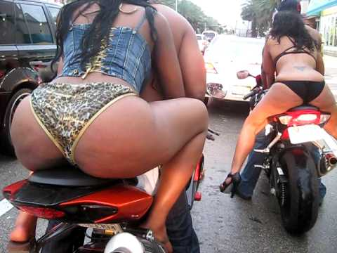 MIAMI'S SOUTH BEACH MEMORIAL WEEKEND/ BIKE WEEK 09 Video