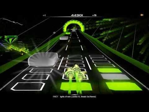 Audiosurf: FACT - lights of vein (Junkie XL Break Out Remix)