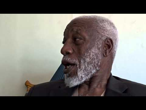Uganda, Pearl of Africa! Learn from a 100 year old man. Part 6/17.