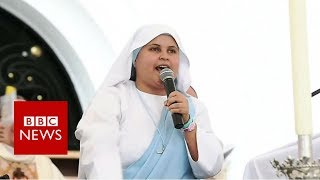 The nun rapping for Pope Francis- BBC News