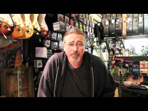 Dans Chelsea Guitars / VINTAGE GUITARS pt.2 / Vintage&RareTV