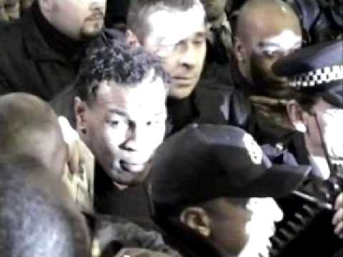 Mike Tyson at Heathrow Airport - CRAZY!