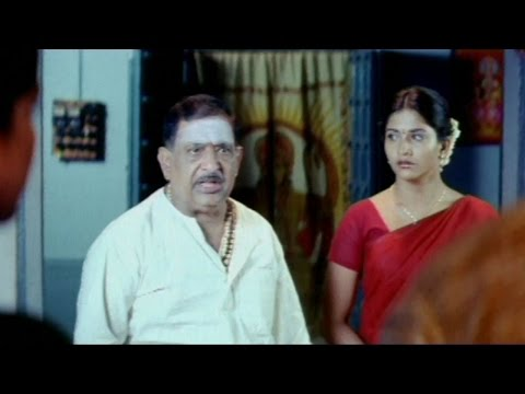 Chandra Mohan Fires On Gayathri Action Scene || Sandhya Movie...