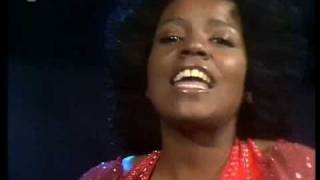 Gloria Gaynor Never Can Say Goodbye