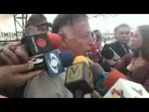 NOTICIERO BOLIVARIANA TELEVISION  Hubo más de 100 detenidos por saqueos y 70 locales afectados