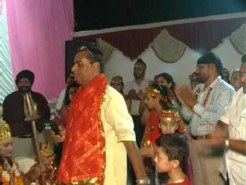 Mata Bhajan Chalo Bulawa Aaya Hain  Live By Satnam Ranjan-09825905828 video