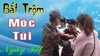 BẮT TÊN TRỘM MÓC TÚI VÀ CÁI KẾT DỞ KHÓC DỞ CƯỜI - Hài Tết 2019 Cười Đau Ruột Thừa