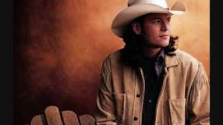 Blake Shelton Video - Blake Shelton - The Gambler (HQ Studio Version)