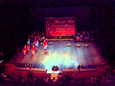 Parade Tari Daerah Riau 2013 - Kabupaten Kampar ( Baghiliu ) video