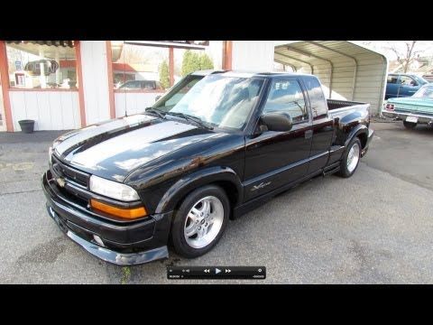2003 Chevrolet S-10 Xtreme V6 Start Up. Exhaust. and In Depth Review