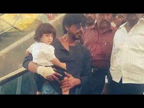 Take A Look: Baby Abram's Day Out With Shah Rukh Khan