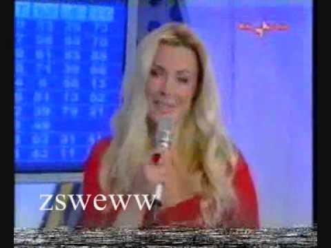 Alessandra Canale conduce le Estrazioni del lotto. Raidue (2007)