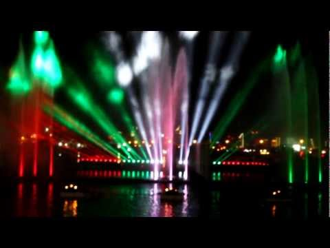 UAE National Day - Water and Lights show at Dubai Festival Centre - HD