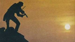 Openingle(Instrumental half of Tradition)- Fiddler on the Roof film