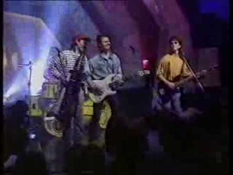 Pseudo Echo - Funky Town