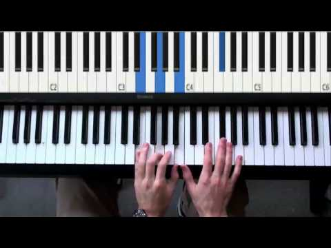 How to play Harry Potter Piano lesson - Hedwig's theme tutorial - John Williams