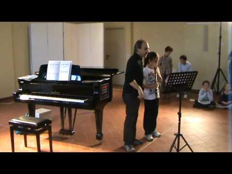 Giulia Lombardo, giovane oboista di soli 9 anni