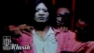 Ebiet G Ade - Isyu (Karaoke Video)