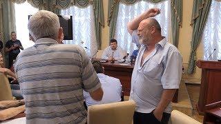 Бажаючі увійти до громадської ради при Житомирській ОДА півтори години сперечалися