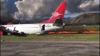 В Перу во время посадки загорелся самолет