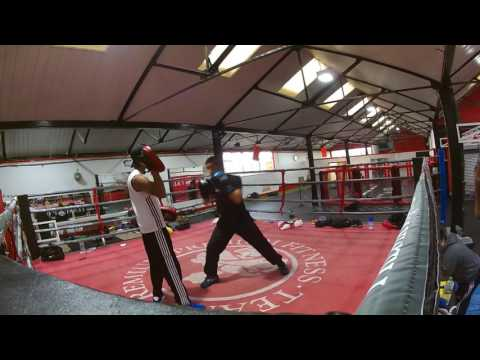 Maz Sn 15 year old Amateurs Boxing 50kg Pad Work, Bag work, Skipping @Premium Fitness Birmingham(2)