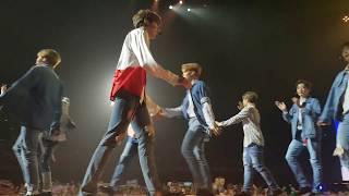 "WANNA ONE ""WANNA BE (MY BABY)"" - KCON AUSTRALIA 20170923"