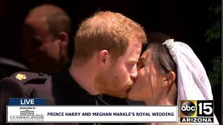 download musica THE KISS: Prince Harry and Meghan Markle are the Duke and Duchess of Sussex