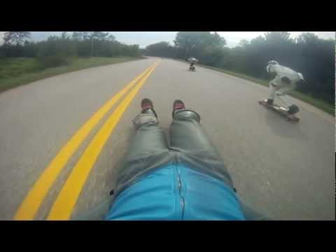 Classic Luge vs Longboard - Passing longboarders at 60mph/100kmh+