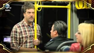 (4.44 MB) Şarkılarla Yaşayan Adam Otobüste [HD] Mp3