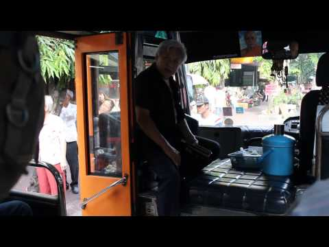 BUS LINE 1 –  BANGKOK, THAILAND (HD)