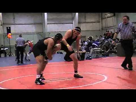 Matt Paris (Central) vs Logan Womelsdorf (Benton Academy)