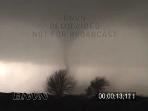 5/12/2004 Harper Kansas Tornado Video