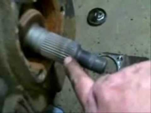 Changing a front wheel hub 2004 Silverado 1500 4X4