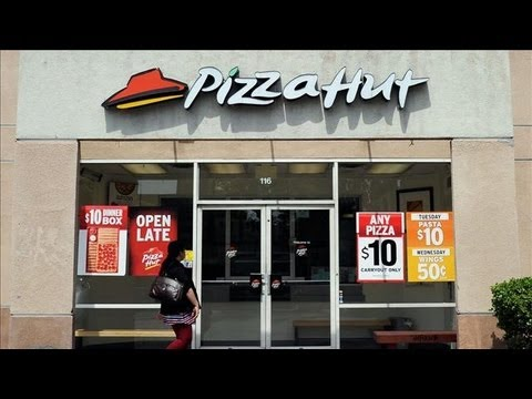 Pizza Hut Orders Smaller Restaurants